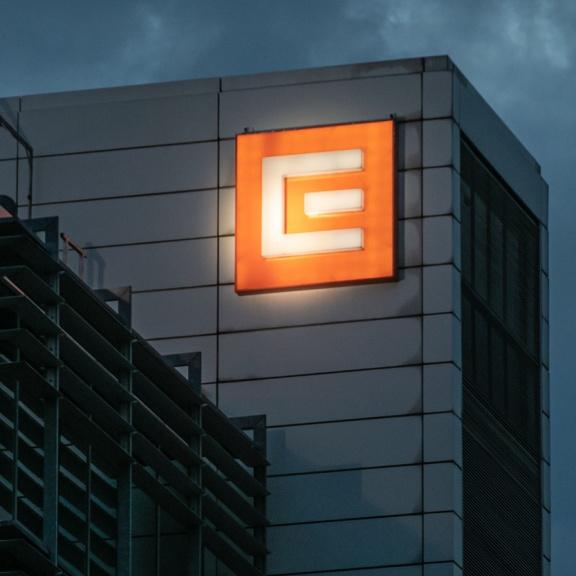Trh očekává, že cena elektřiny do budoucna klesne. Záleží na trhu s plynem, informoval ČEZ