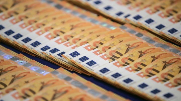 Koncem září výrazně stoupl počet odhalených padělaných peněz
