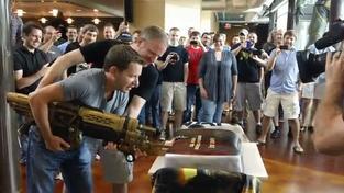 Oslava dokončení hry v Epicu
