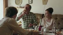Domácí péče - teaser ..., chlast a chlebíčky