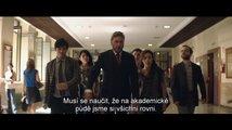 Jednou nohou v base: trailer (české titulky)